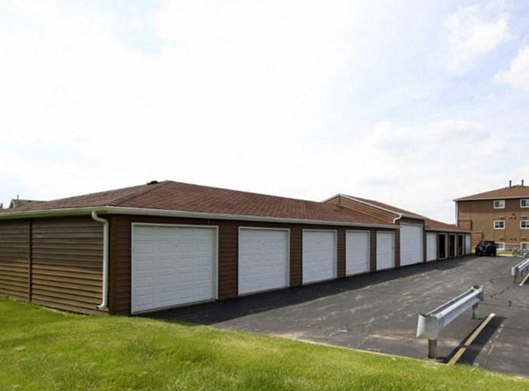 Garageat Eco Park, Illinois, 60115