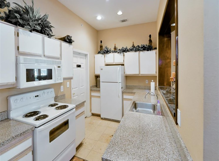 Spacious kitchen storage of Montfort Place in North Dallas, TX, For Rent. Now leasing 1 and 2 bedroom apartments.