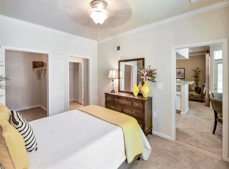 Huge walk in closets at Montfort Place in North Dallas, TX, For Rent. Now leasing 1 and 2 bedroom apartments.