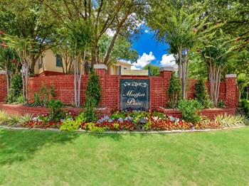 5445 Preston Oaks Road 1-2 Beds Apartment for Rent Photo Gallery 1