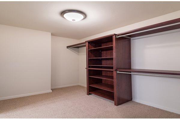 Large Closets at The 925 Apartments, Washington, DC,20037