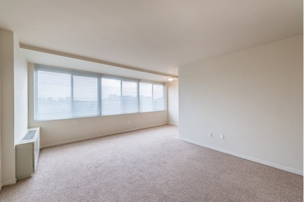 Expensive Windows at The 925 Apartments, Washington, DC,20037