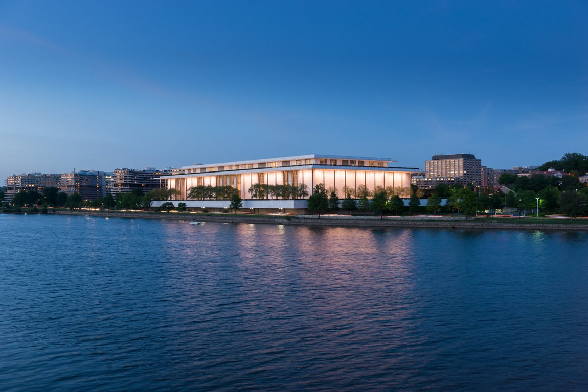The Kennedy Center at The 925 Apartments, Washington, DC,20037