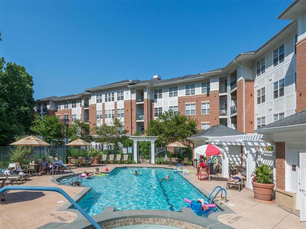 Luxury Senior Apartments In Columbia Md Evergreens At