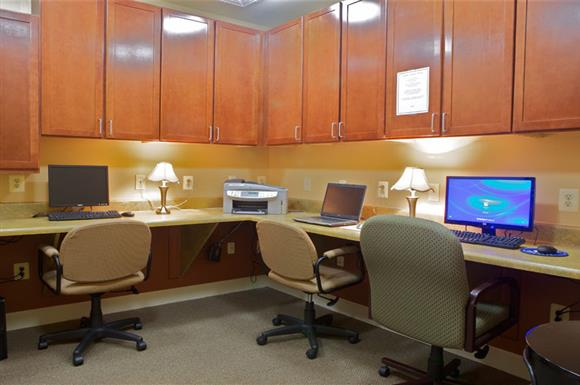 Computer Centre at The Marque at Heritage Hunt, Gainesville, VA,20155