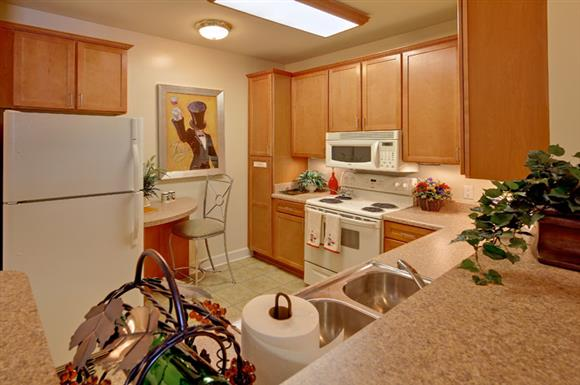 Spacious Kitchen with Double bowl sinks at The Marque at Heritage Hunt, Gainesville, VA,20155