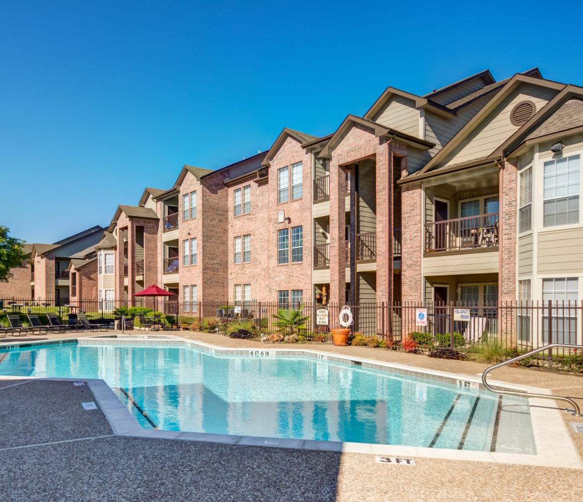 Mission Fairways Apartments For Rent In Mesquite Tx
