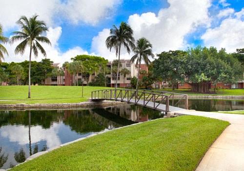 Meadow Walk Apartments Community Thumbnail 1