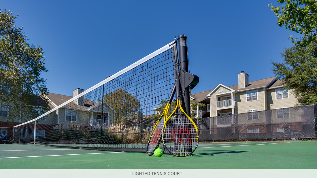 Pensacola apartment complex lighted tennis court