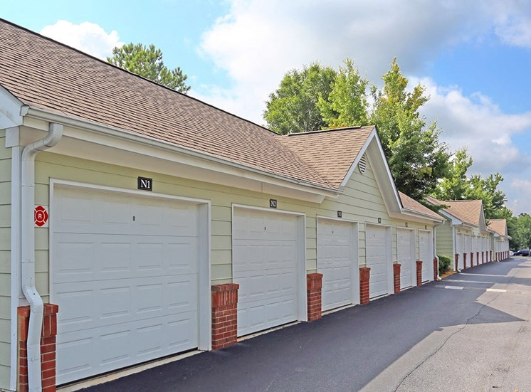 Governors Gate apartment detached garages in Pensacola, Florida