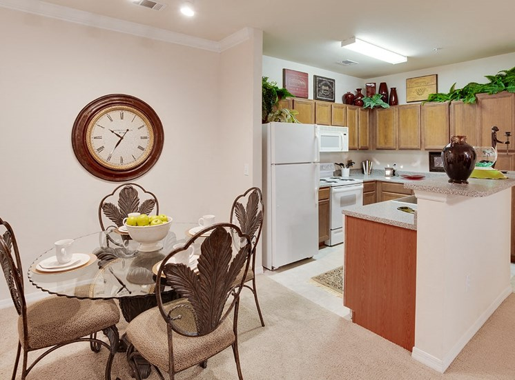 Governors Gate apartment model suite dining area in Pensacola, Florida