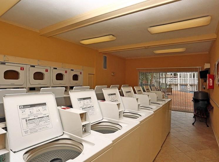 Jamestown Estates apartments clothes care center in Pensacola, Florida