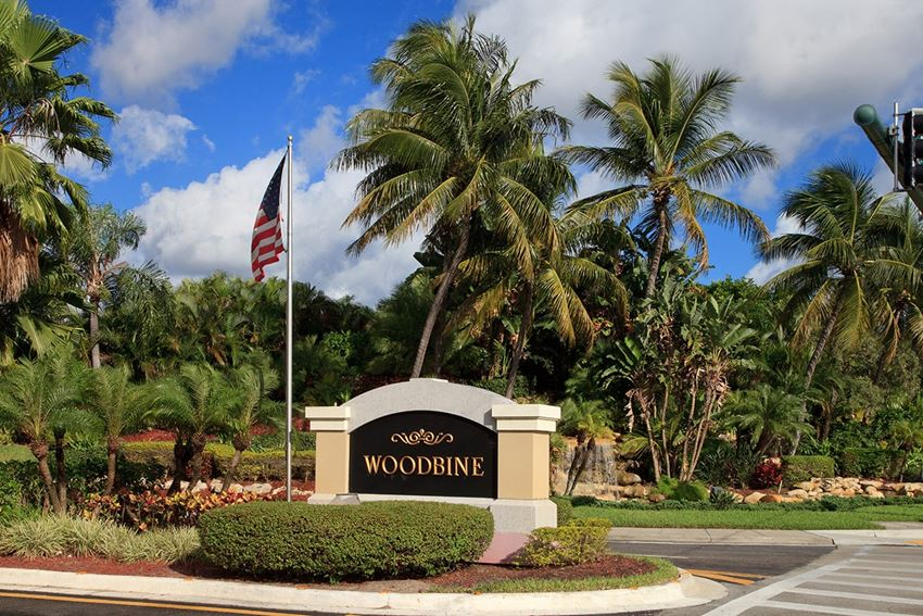 Woodbine apartments for rent in Riviera Beach, Florida