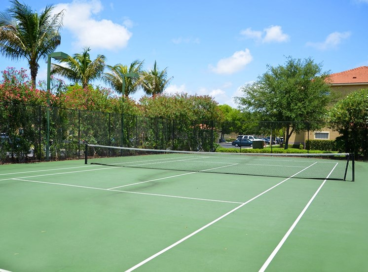 Woodbine apartments tennis court in Riviera Beach, Florida