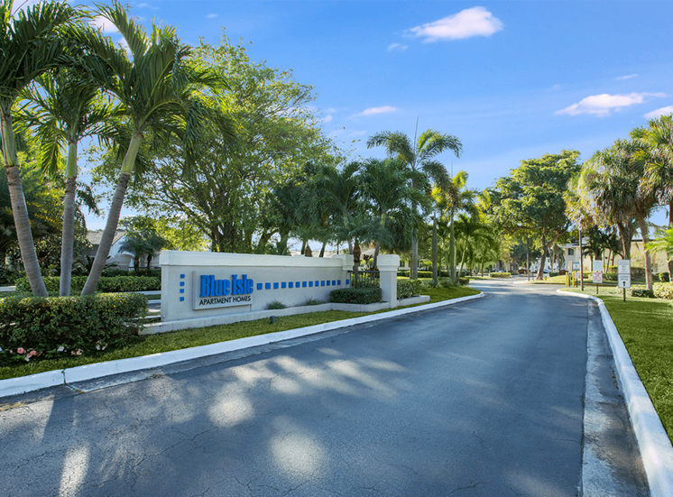 Blue Isle apartments for rent in Coconut Creek, Florida