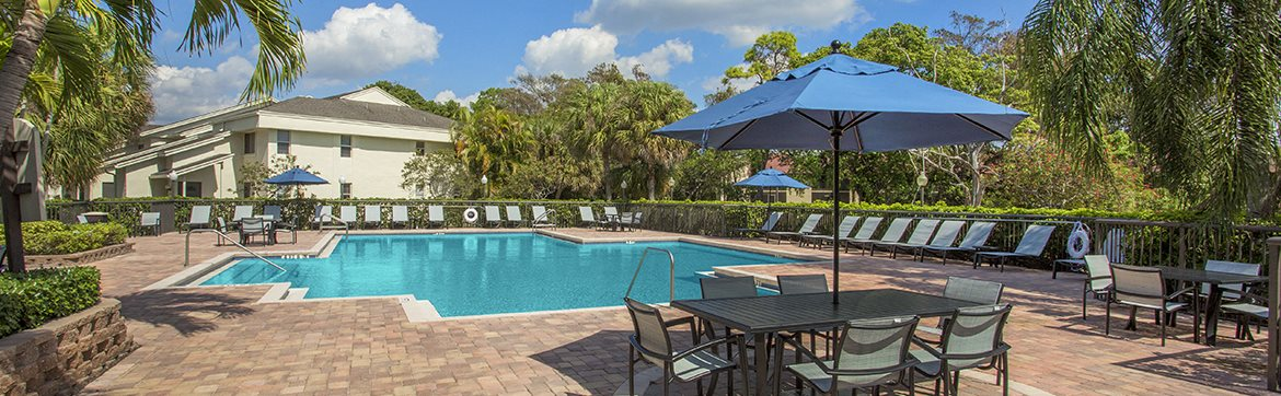 Florida Apartment Complex With Pool And Sun Deck
