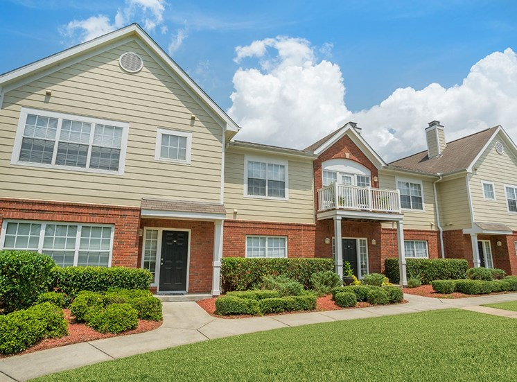 Greenbrier Estates apartment residences in Slidell, Louisiana