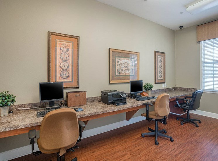 Greenbrier Estates apartments business center in Slidell, Louisiana