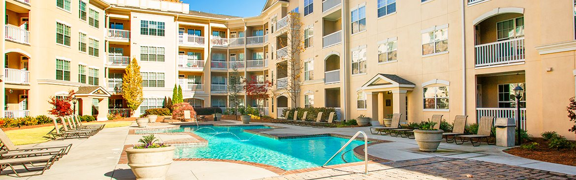 Apartments in Atlanta with a saltwater pool