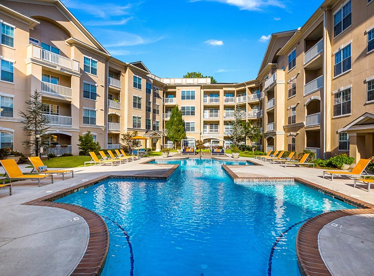 Atlanta apartment community with saltwater pool