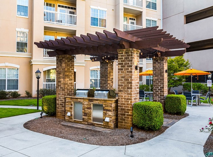 The Savoy apartment homes in Georgia feature barbecue grills