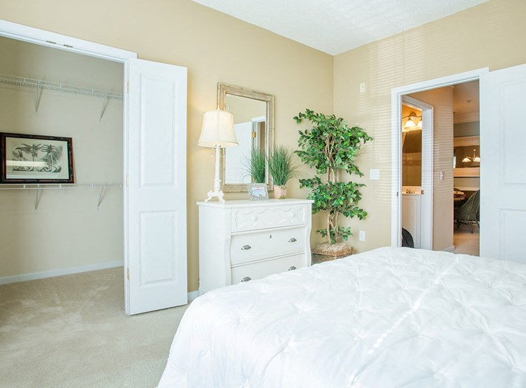 Barrett Walk model suite bedroom in Kennesaw, GA