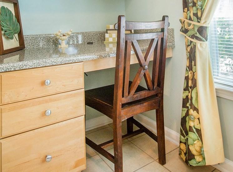 Barrett Walk model suite office nook in Kennesaw, GA