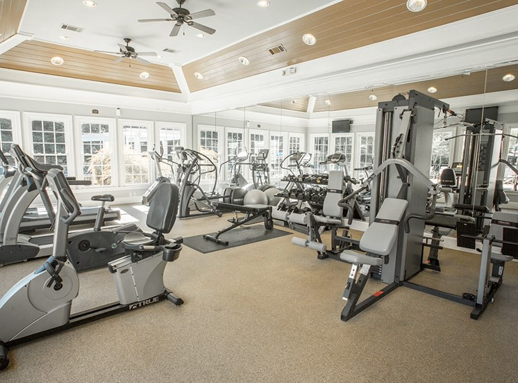 Barrett Walk Apartments fitness center in Kennesaw, GA