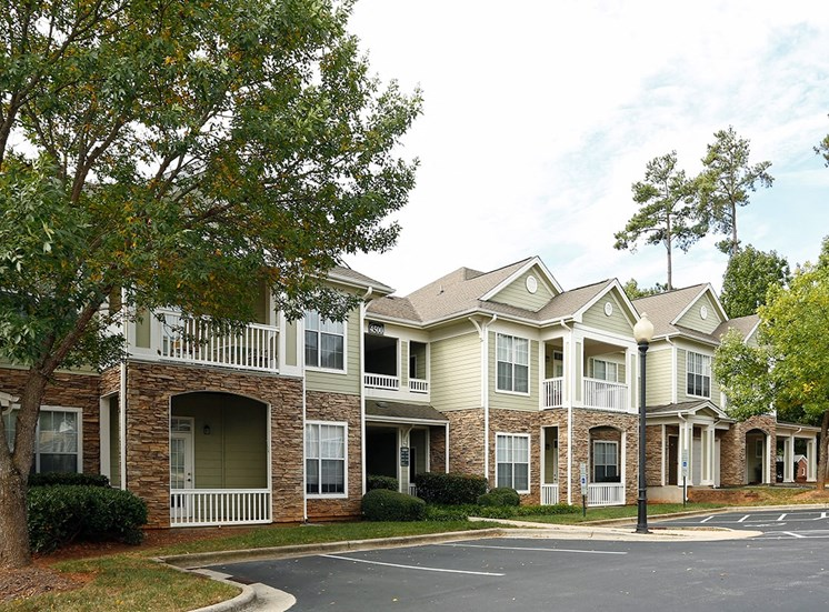 The Lodge at Crossroads apartment residences in Cary, North Carolina