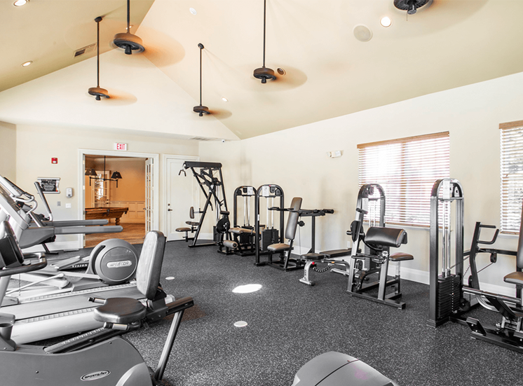 Retreat at City Center apartments fitness center in Aurora, Colorado