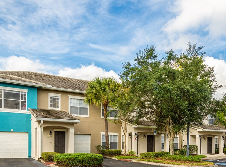 Mallory Square apartment residences in Tampa, Florida