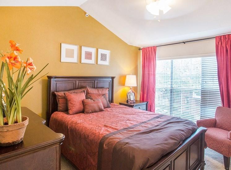 Retreat at Spring Park model suite bedroom in Garland, TX