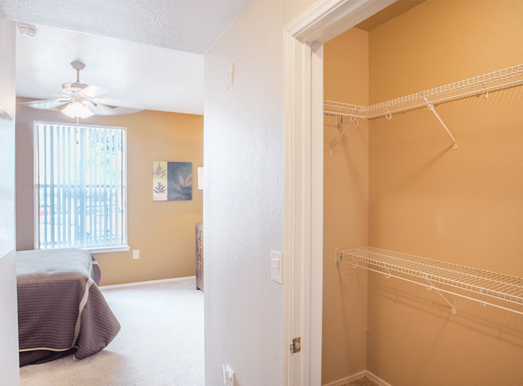 Grand Venetian model suite closet in Irving, Texas