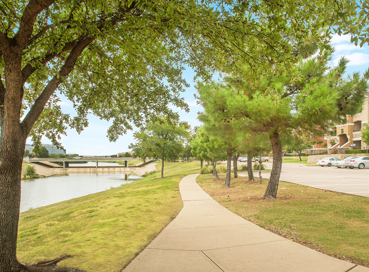 Grand Venetian apartments walking trail in Irving, Texas