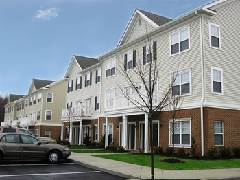 259 Pine Brook Drive 1-3 Beds Apartment for Rent Photo Gallery 1