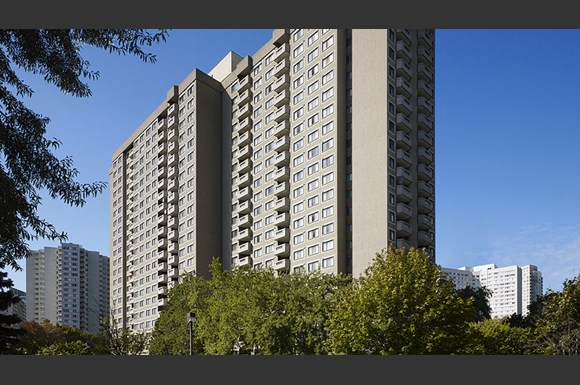 The Maplewoods Apartments 1477 Mississauga Valley Blvd Mississauga On Rentcaf