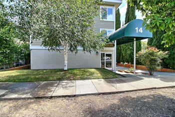 14 Highland Avenue 1 Bed Apartment for Rent Photo Gallery 1