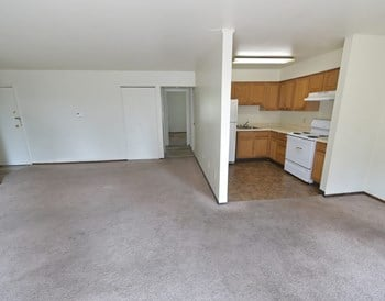 1806 Greensburg Ave 2 Beds Apartment for Rent Photo Gallery 1