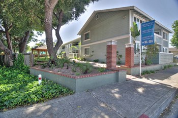 1797 California Street 1-2 Beds Apartment for Rent Photo Gallery 1