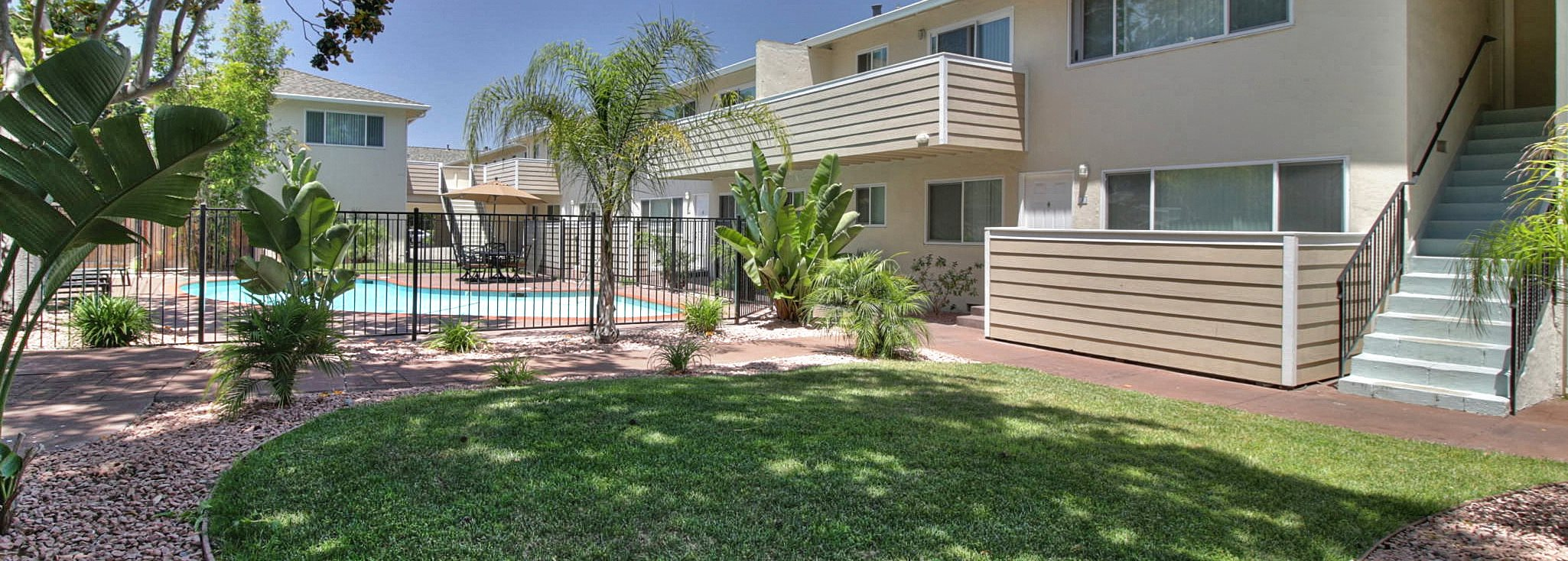 241 curtner apartments in palo alto ca - Palo alto ymca swimming pool schedule ...