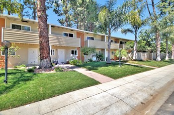 3440 Ramona Street 1-2 Beds Apartment for Rent Photo Gallery 1
