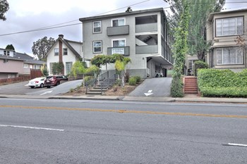 1141 El Camino Real 1 Bed Apartment for Rent Photo Gallery 1