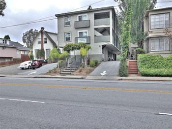 1141 El Camino Real 1-2 Beds Apartment for Rent Photo Gallery 1