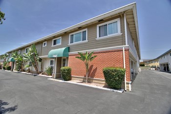 1960 California Street 1-2 Beds Apartment for Rent Photo Gallery 1