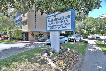 145 N El Camino Real 1-2 Beds Apartment for Rent Photo Gallery 1