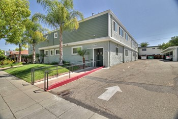 2252 Angela Court, 2750 Joseph Avenue Studio Apartment for Rent Photo Gallery 1