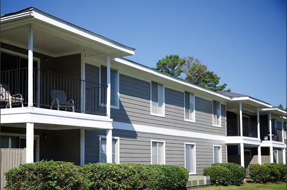 Village West Apartments Auburn Al