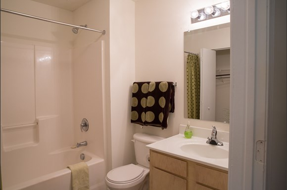 Ivy Hollow Apartments 4920 Tanager Park Drive Charlotte