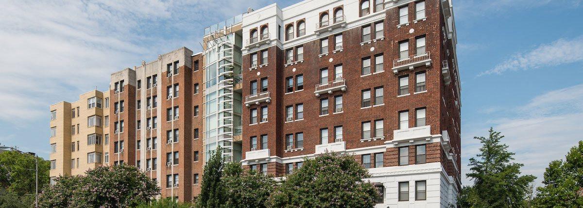 Elegant Exterior View Of Property at Barclay, Washington
