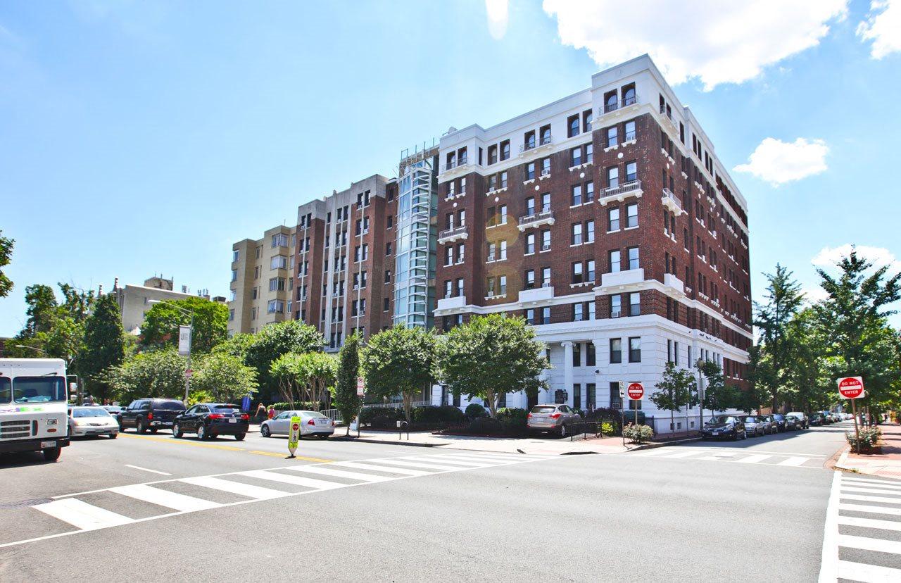 Apartments Available at Barclay, Washington, 20009